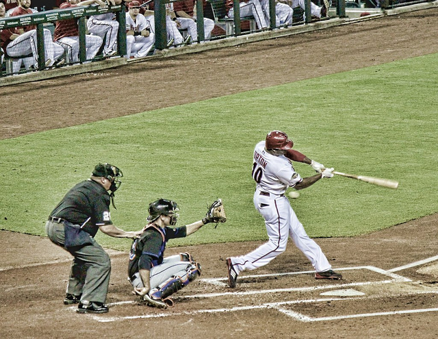 Justin Upton might not be worth overpaying for (CEBImagery.com - flickr)