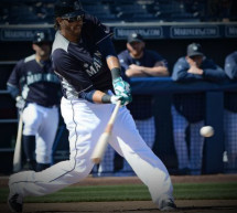 Mariners Michael Morse Hits 6th Spring Home Run