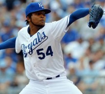 Royals Beat Twins Behind Ervin Santana