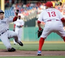 Jacoby Ellsbury Sets Team Record With Five Steals in Red Sox Win