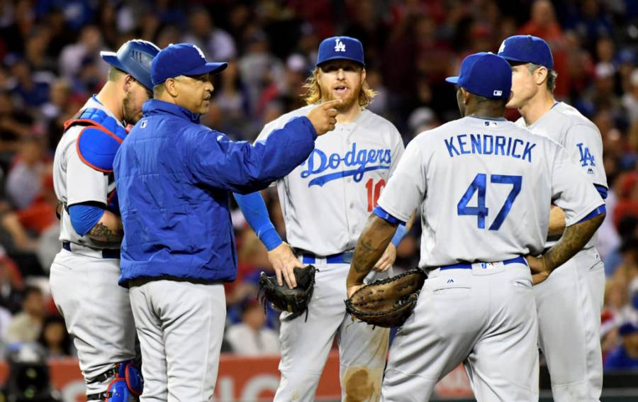 LEADING OFF: Cubs face Kershaw, try to end Series drought
